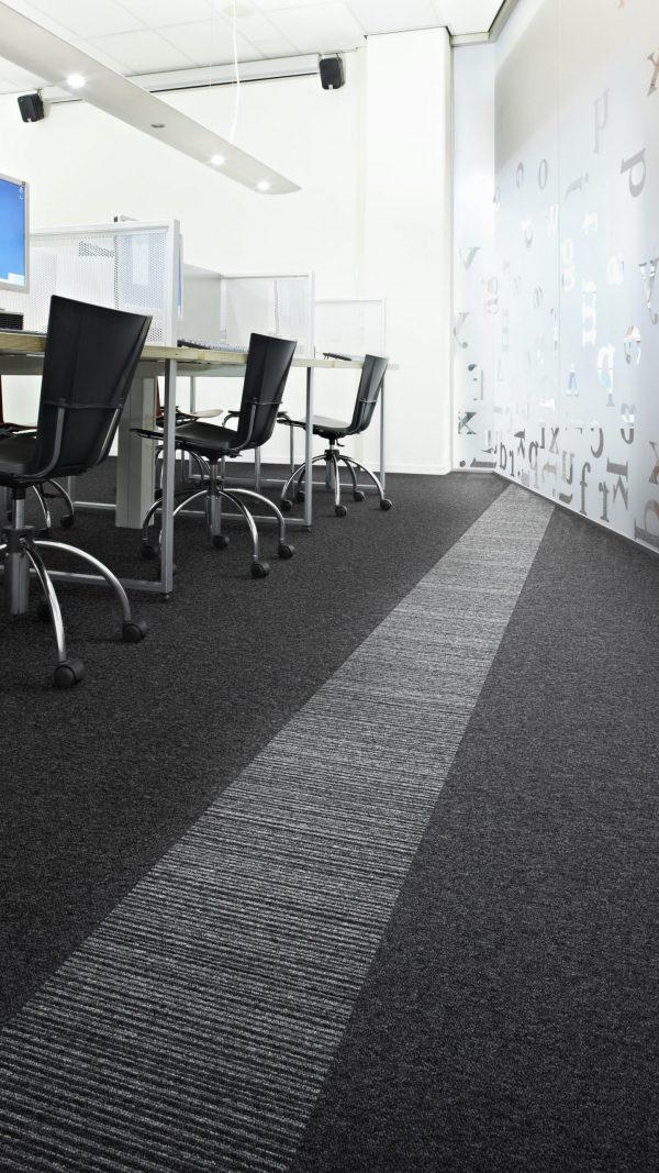 Moquette Desso - Tarkett per uffici a quadrotte